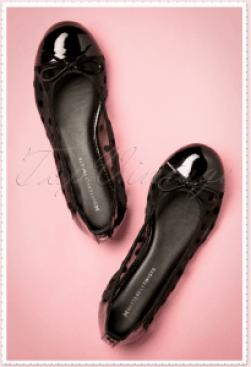 Ballerina dot shoes black