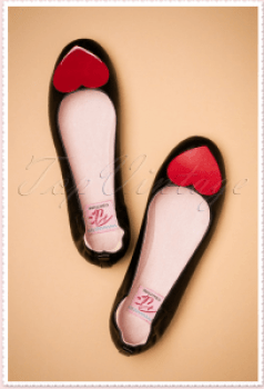 black pumps red heart