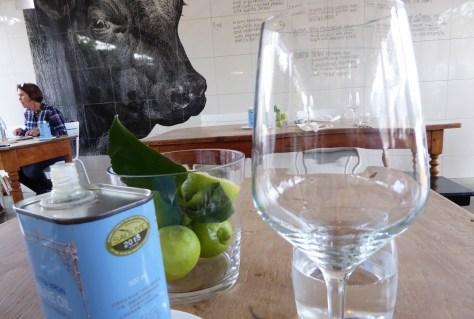 Winelands_Tisch