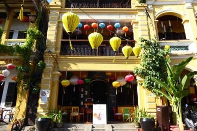 vietnam_hoian_strasse_haus
