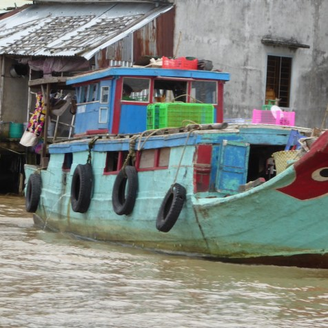 vietnam_mekong_schiff_tuerkis