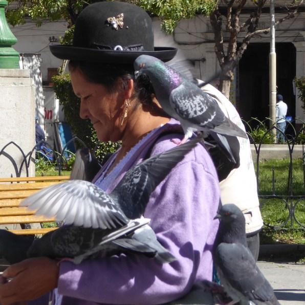 Bolivien-LaPaz-Tauben-Frau