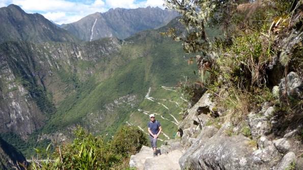 Peru-MachuPicchu-WaynaPicchu-Bergwolf