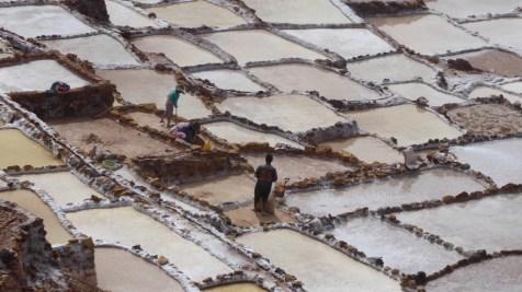 Peru-SacredValley-Maras-Salinen-Arbeiter