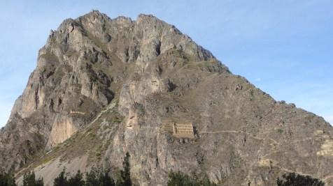 Peru-SacredValley-Ollantaytambo-Vorrat