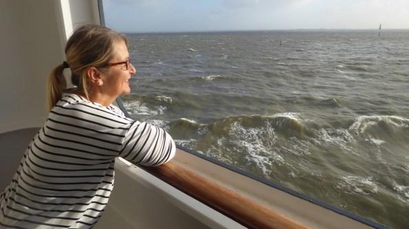 Weltreise-QueenMary2-ElkeZapf-Balkon