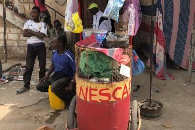WeltreiseLogbuch-Senegal-Markt-Tonne