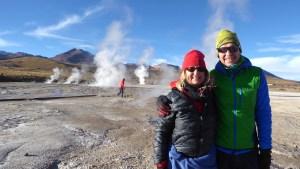 Elke Zapf und Wolfgang Eckart am Geysir El Patio in Chile