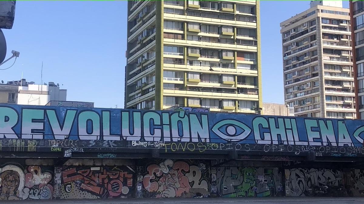 Graffiti Revolution Chilena in Santiago de Chile