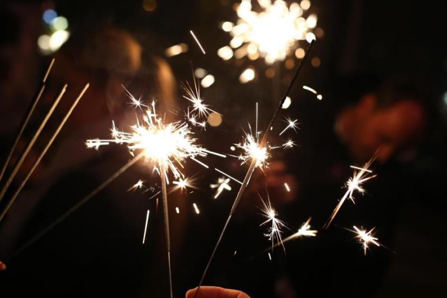 Neujahr 2022 Ist Neujahr Feiertag Am 1 Januar Bedeutung Erklart
