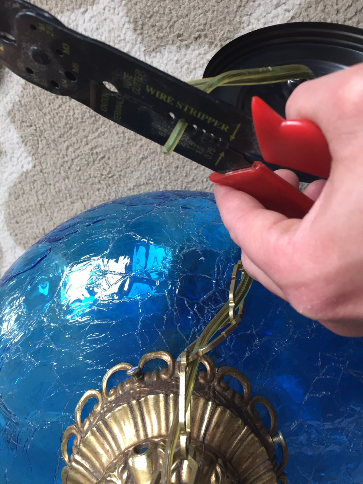 Stripping wire for an antique Tiffany lamp