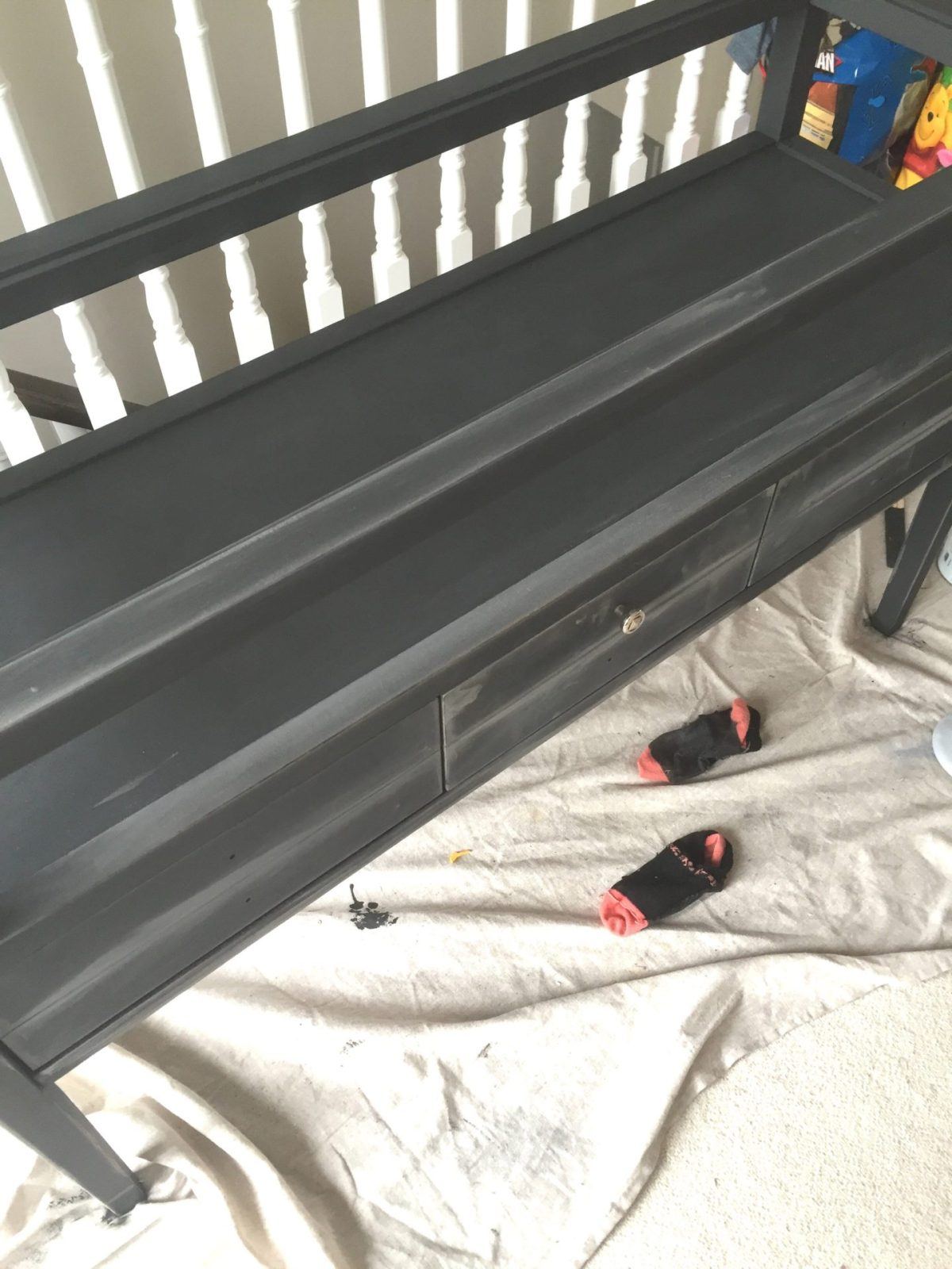 refinishing a console table with chalk paint