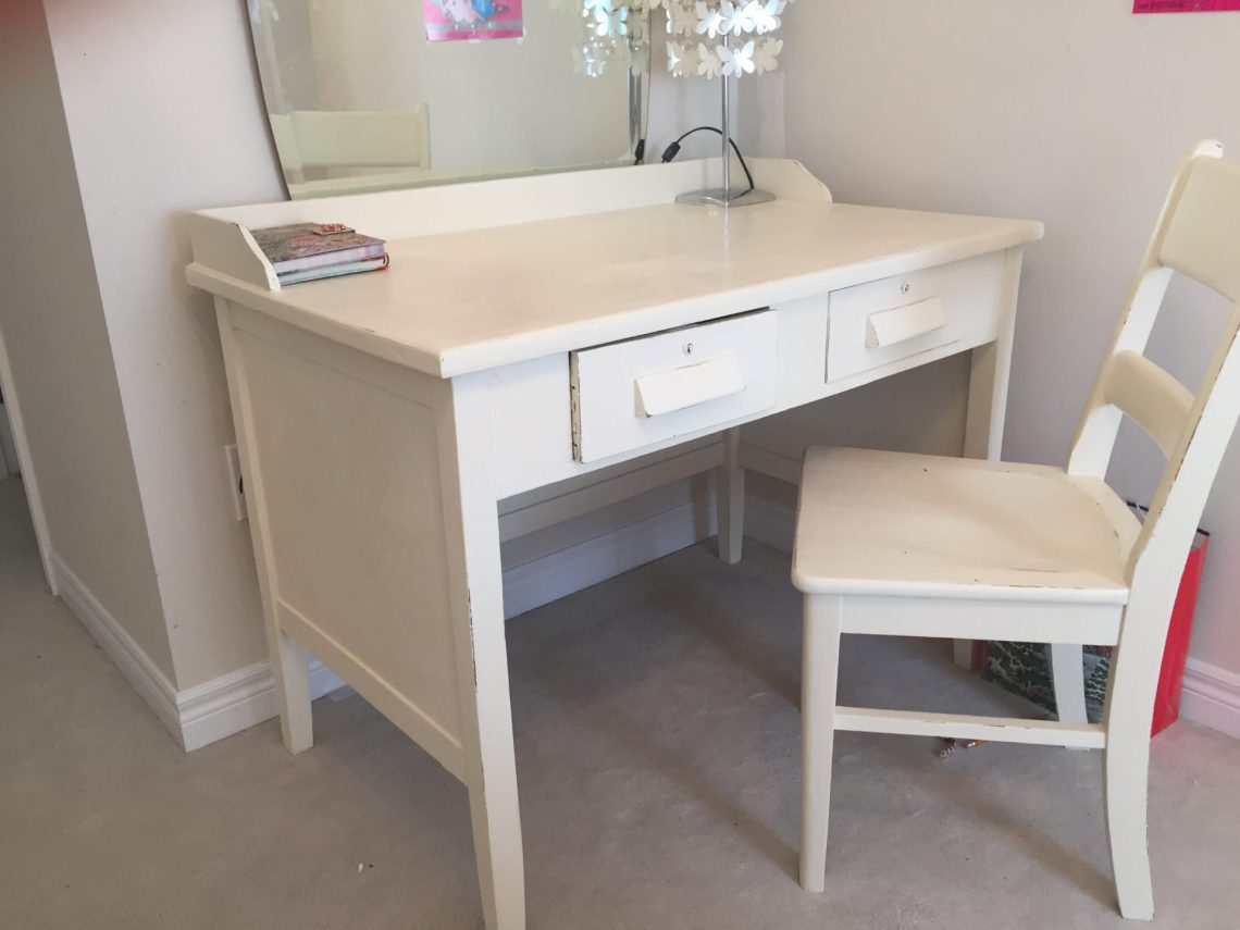 Super Cute Shabby Chic Desk and Chair
