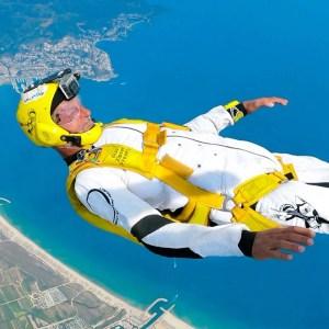 Olav Zipser, skydiving, photo, press material, high quality skydiving photo, ocean, having fun, skydive, professional skydiver