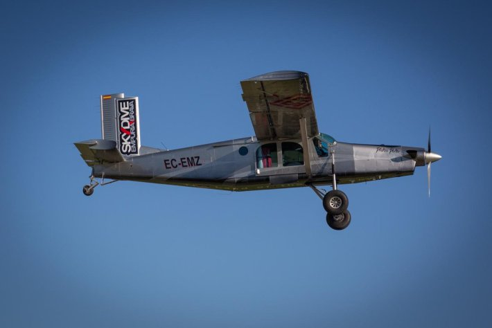 jump plane