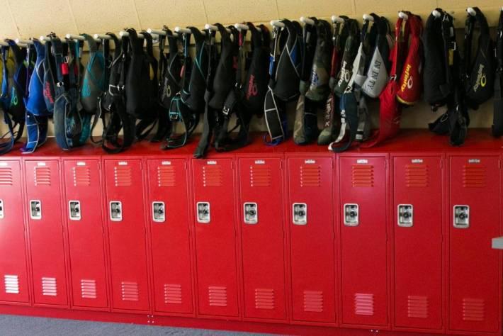 skydive lockers