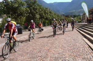 2. Etappe Augustour 2014: Start Meran