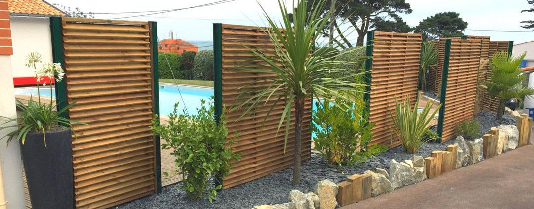 panneaux brise vue massif au jardin