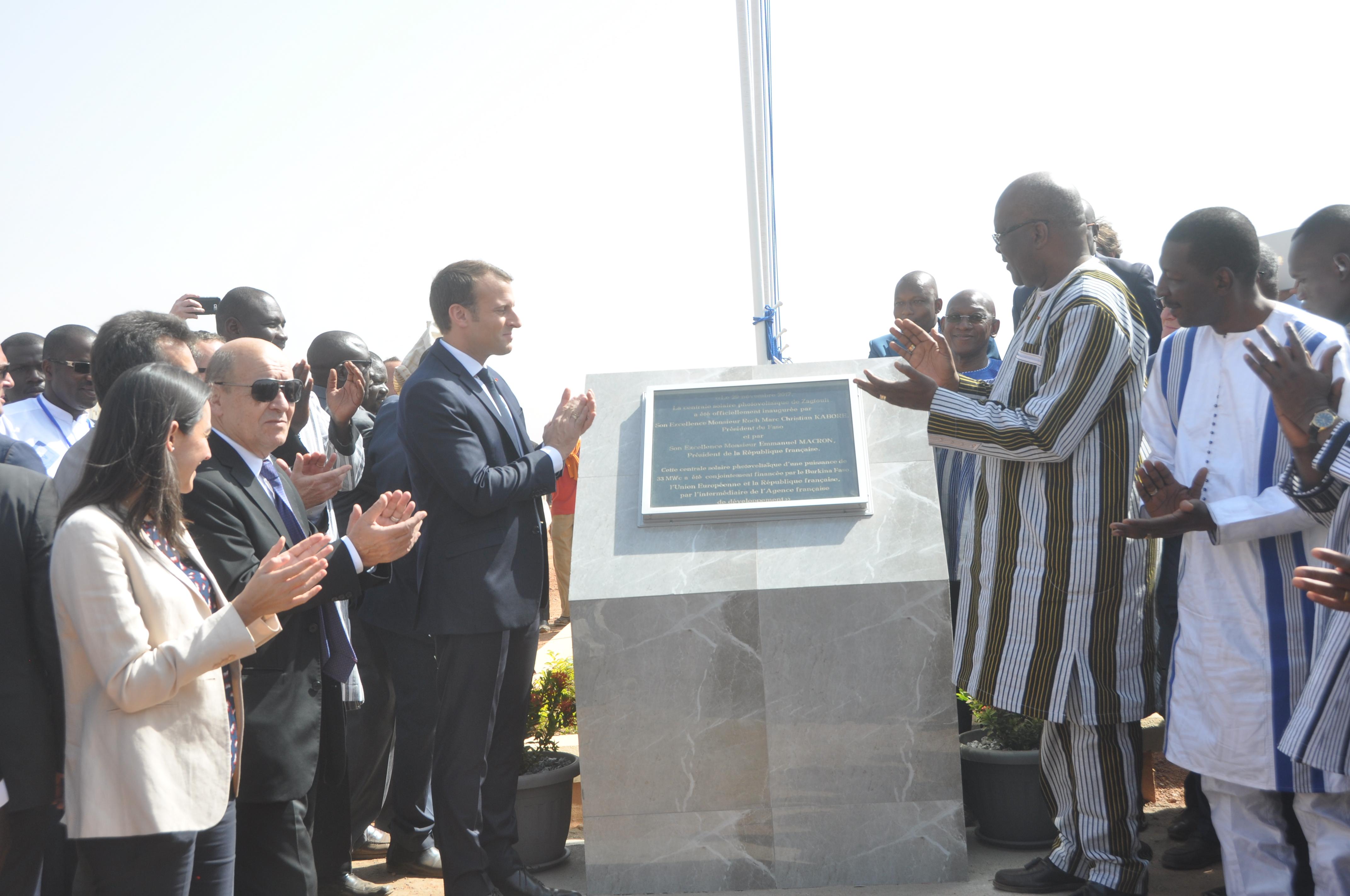 Centrale solaire photovoltaïque de Zagtouli: Les présidents Kaboré et Macron ont procédé à son inauguration