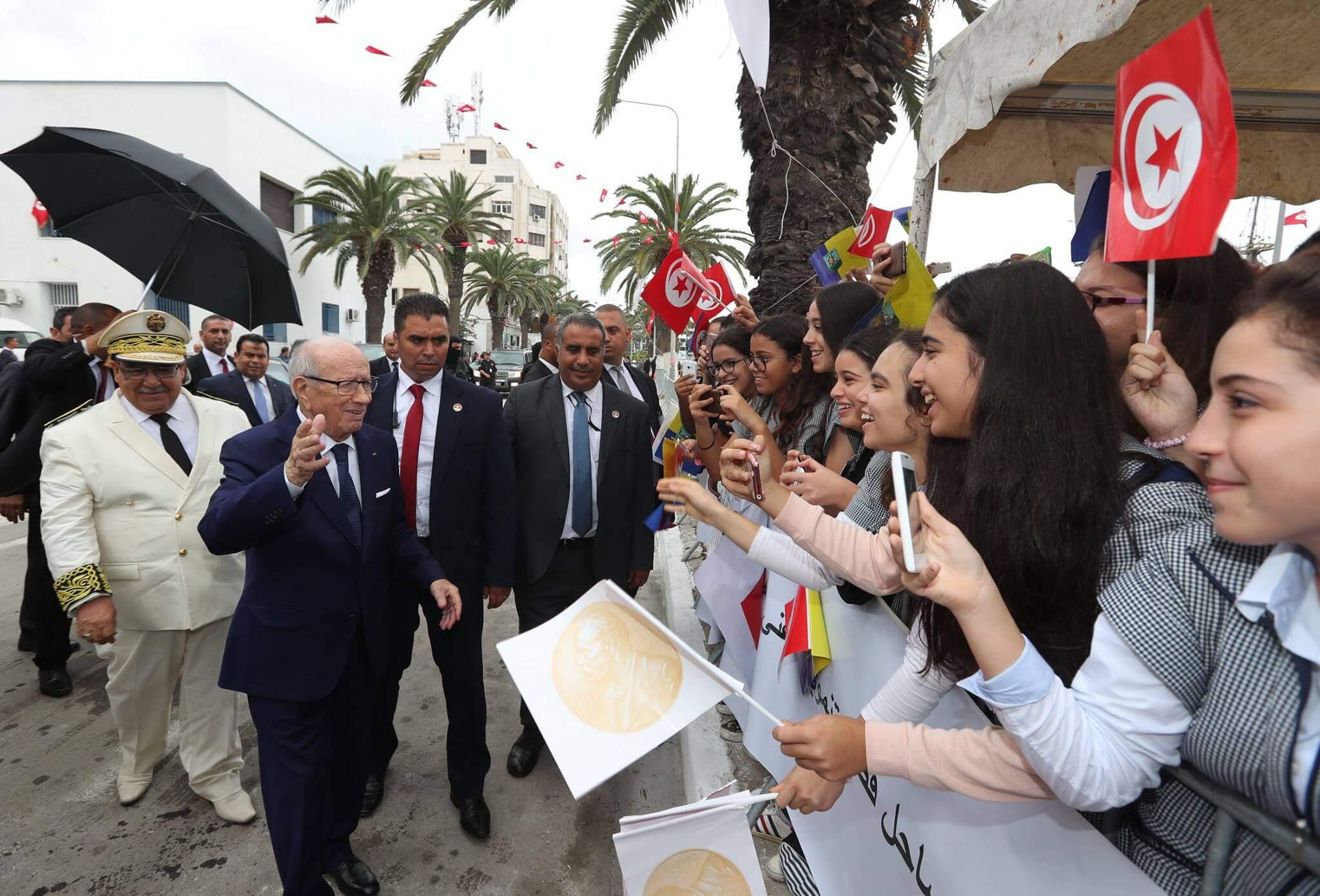 Tunisie, 7 ans après  BCE face toujours au péril jeune
