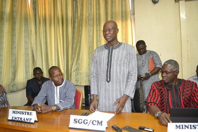 Gouvernement Thiéba III : Les ministres Stanislas Ouaro et Seyni Ouédraogo installés