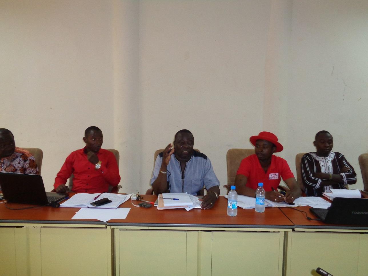 Crise au MINEFID: les syndicats reconduisent leur mot d'ordre de grève