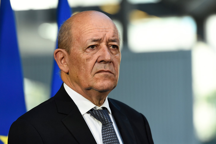 Lutte contre le terrorisme : Le Drian réitère la disponibilité de la France à aider militairement le Burkina
