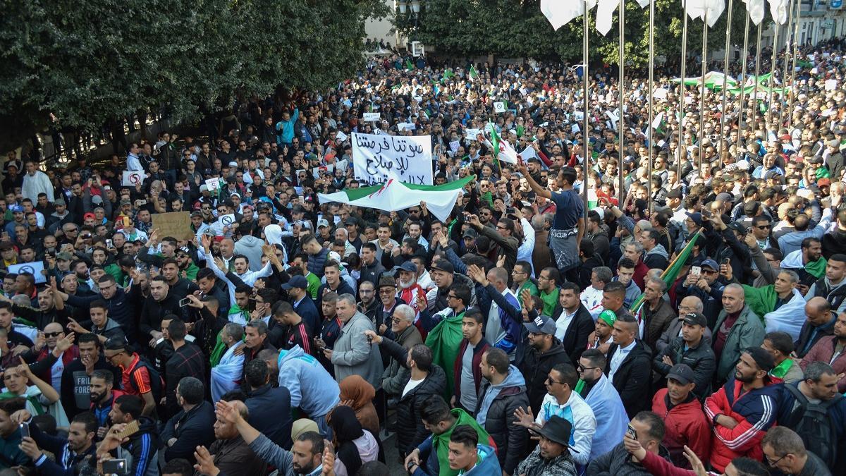 Hirak, un an après en Algérie: Entre interrogations et recherches du futur