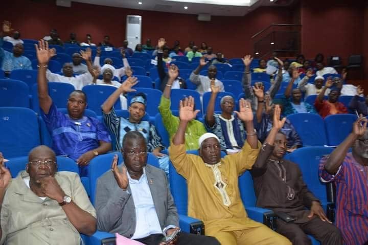 Adoption du projet de loi portant statut des notaires au Burkina Faso: A l'unanimité les députés ont dit oui