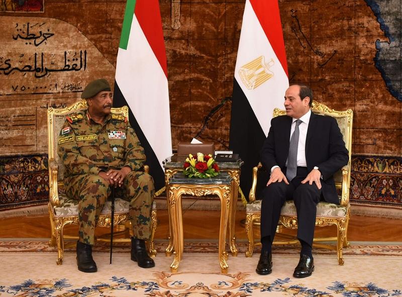 Soudan: Al-Fattah Burhan sur les pas du raïs égyptien?