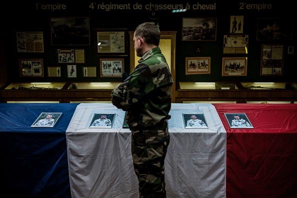 13 soldats français tués à Gao: l'Adieu de la nation aux héros