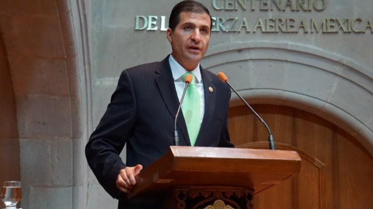 El legislador Juan Maccise propone reformas para agilizar el proceso legislativo 3