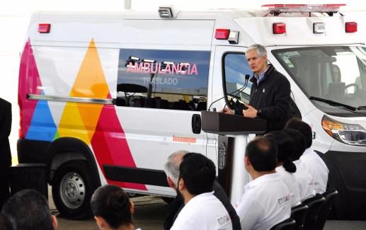 Entrega Alfredo del Mazo nuevas ambulancias al ISSEMYM para brindar mejores servicios de salud a sus derechohabientes 8