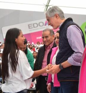 """Da inicio Alfredo del Mazo programa """"Por un mejor futuro"""" para brindar apoyo educativo, económico y capacitación a madres de familia menores de 20 años"""