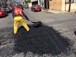 Trabajan-de-manera-intensiva-brigadas-de-bacheo-en-Toluca-3