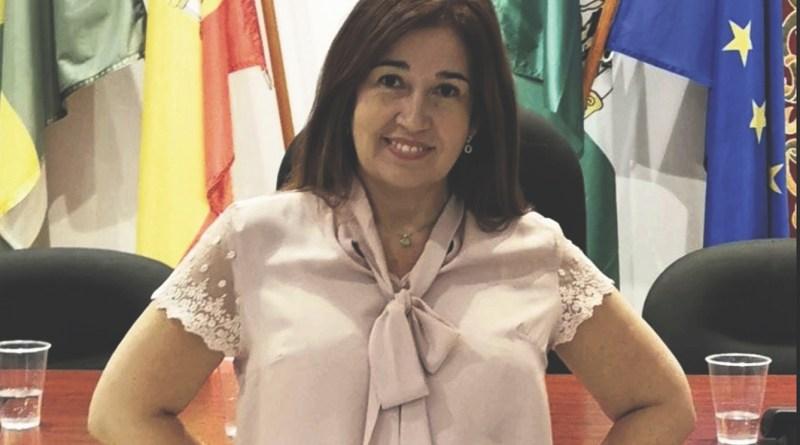 Cyra de la Cruz delegada de desarrollo local