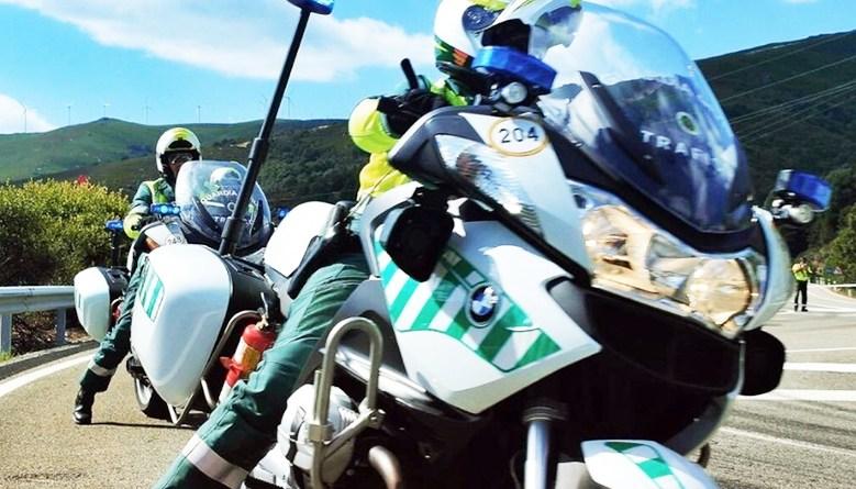 Agentes de la Guardia Civil motorizada