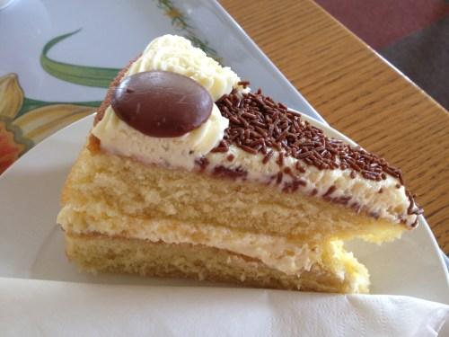 Hilltop cake