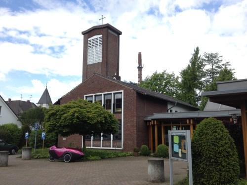 Versöhnungskirche Oedt 1
