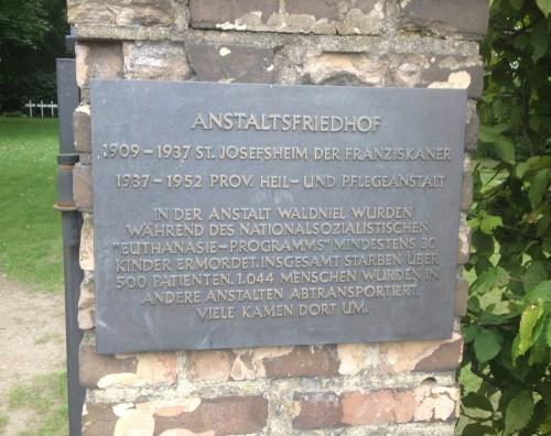 Anstaltsfriedhof plaque