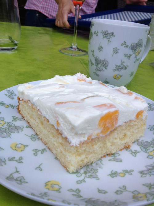 Claudia E Cake