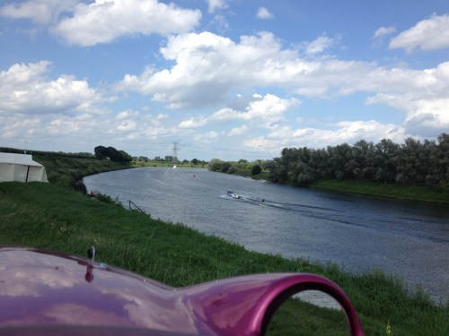 Speedboat on the Maas