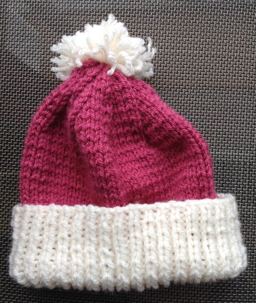 Penelope bobble hat