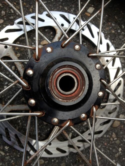 Dead wheel bearing