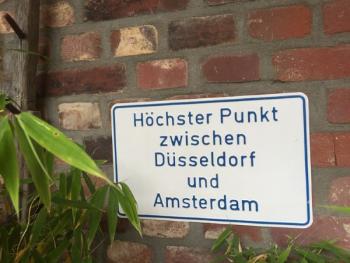 Highest point between Duesseldorf and Amsterdam