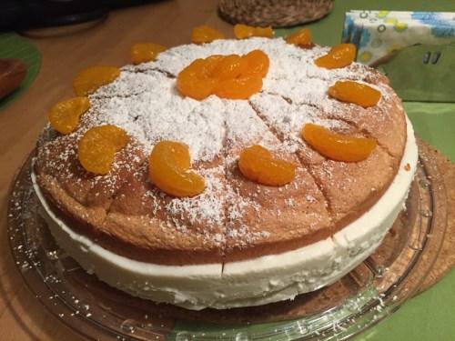 Kaese Sahne Torte 1