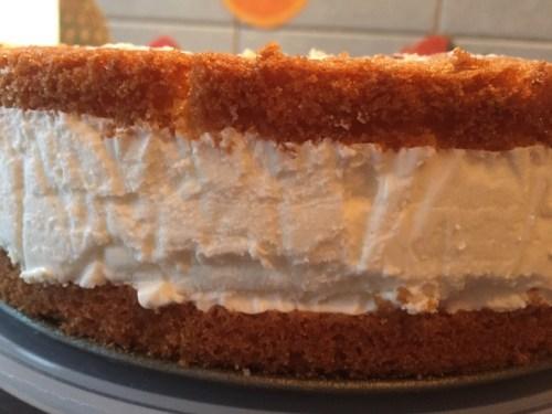 Kaese Sahne Torte 2
