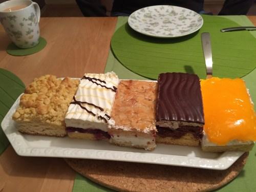 5 cake slices