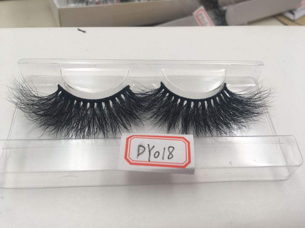 25mm lashes Dy018
