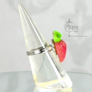 Bague rétro fraise - pin-up Llorona - 100% fait main - côté
